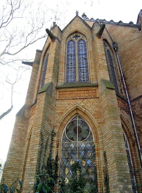 Asklepios Göttingen, Lukaskirche